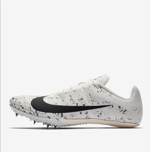 Shoes - Nike Zoom Rival S9